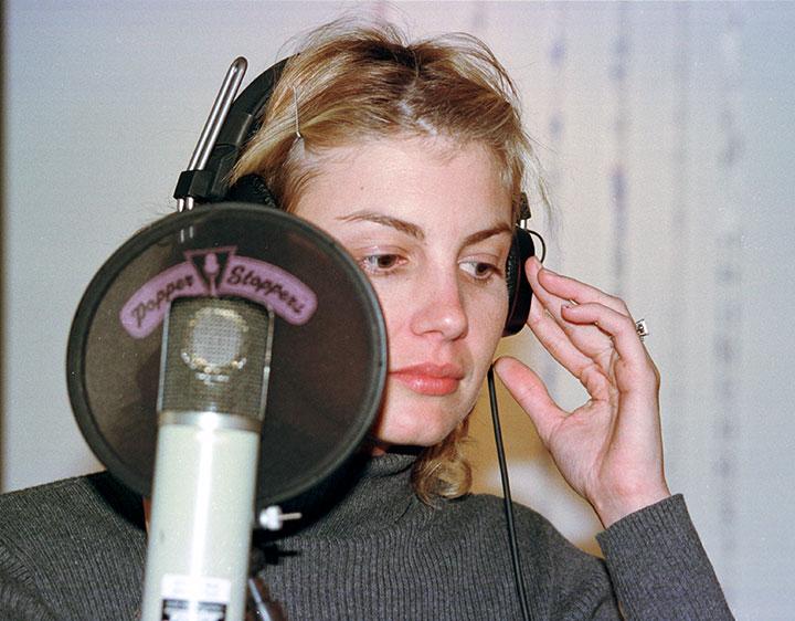 faith hill in the recording studio